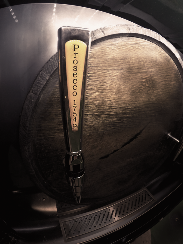 Prosecco Tap - Prosecco Bar