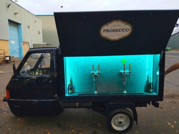 Ape 50 - Prosecco Cart