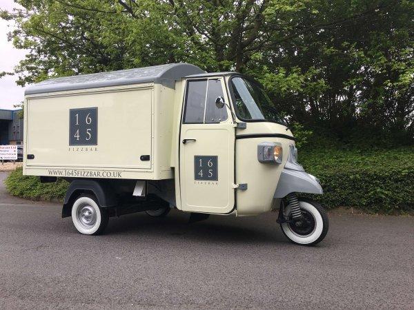 Prosecco Cart - Ape Classic