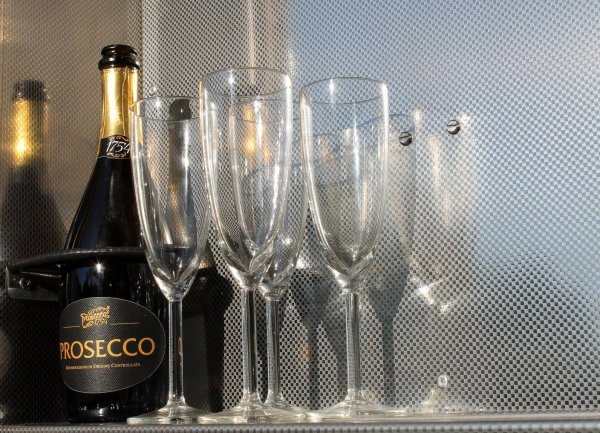 Prosecco Glasses - Prosecco Bottle